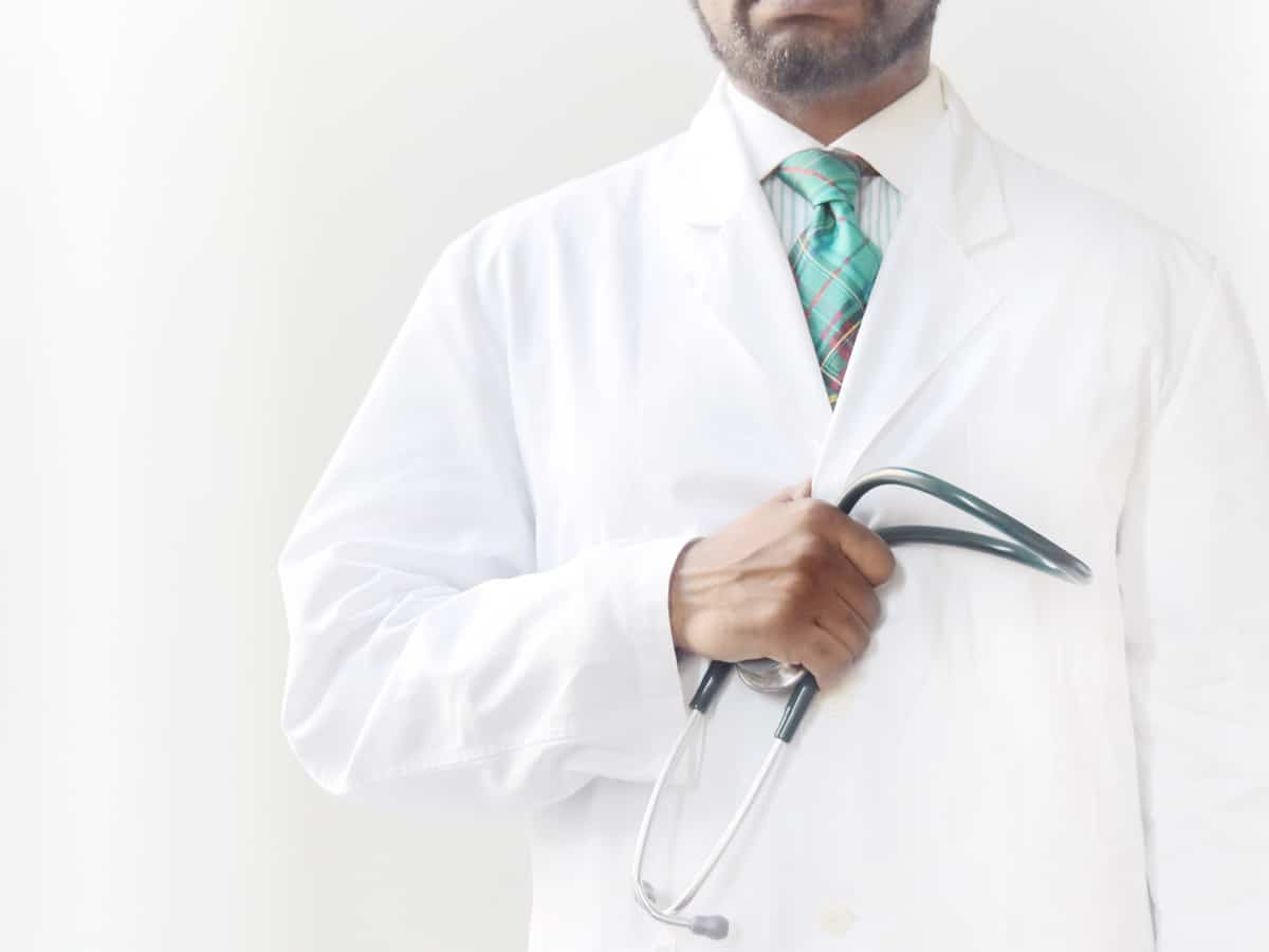 Doctors from America urge for social distancing