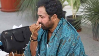 Photo of MoS Kishan Reddy performs  death anniversary of mother online