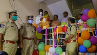 Photo of Hyderabad Police Commissioner makes baby's birthday special