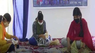 Photo of Jammu: Girls make around 2,000 masks daily for COVID-19 warriors