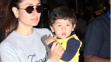 Photo of Taimur makes 'pasta' necklace for mom Kareena