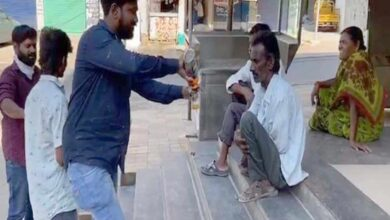 Photo of Man who distributed liquor to poor arrested by Excise police