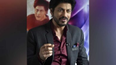 Photo of Shah Rukh Khan provides 25,000 PPE kits to Maharashtra