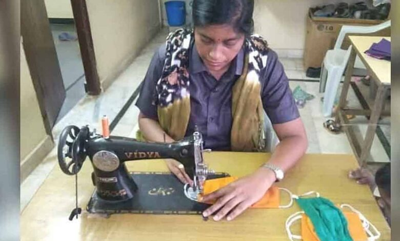 Telangana woman constable on mission to stitch masks