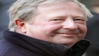 Photo of British comedian, actor Tim Brooke-Taylor dies of COVID-19