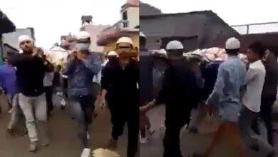 Photo of COVID-19: Muslim neighbours perform last rites of Hindu man
