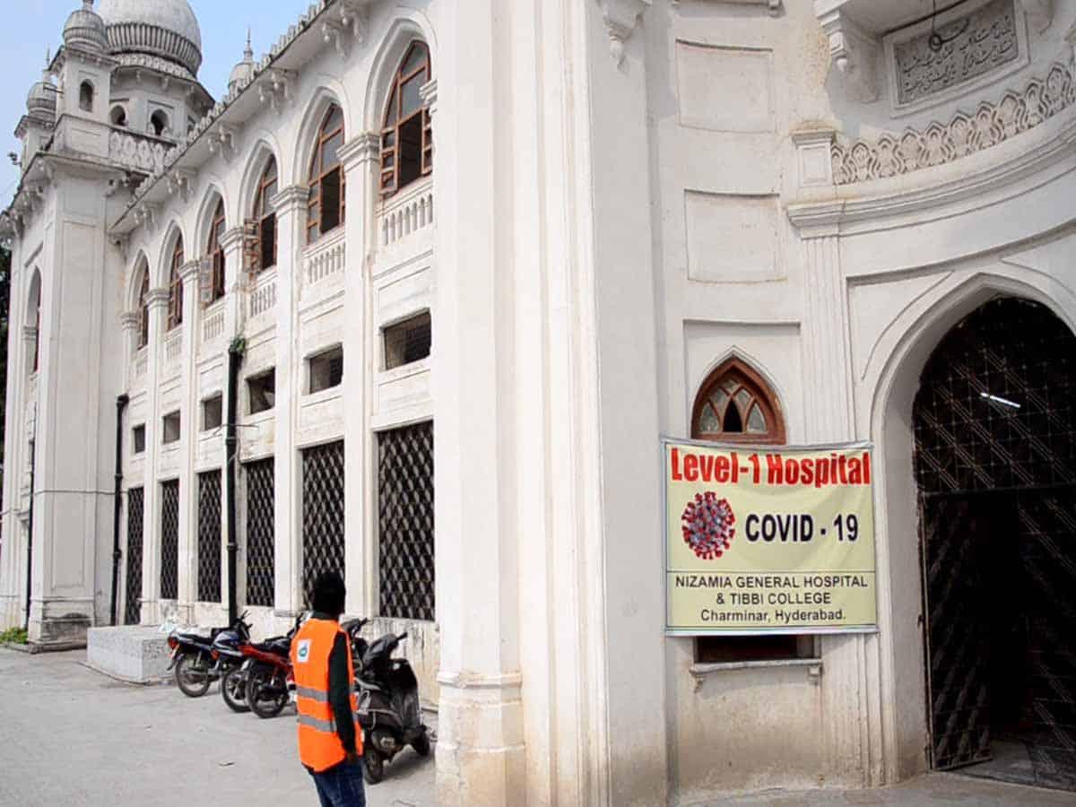 Employee at Charminar Dawakhana tested positive for COVID-19