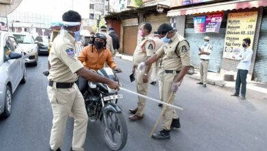Photo of Hyderabad Police takes action against violators defying lockdown