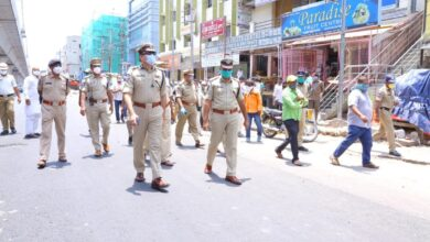 Photo of Police inspects Jaambagh Market during Lockdown