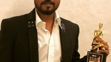 Photo of Mother wanted Irrfan to be a teacher, says his childhood friend