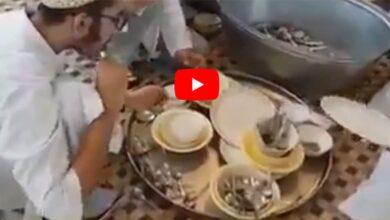Photo of Fact Check: Are Muslims licking utensils to spread coronavirus?