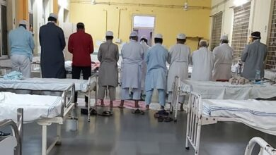 Photo of Hyderabad: Patients offer namaz at quarantine ward