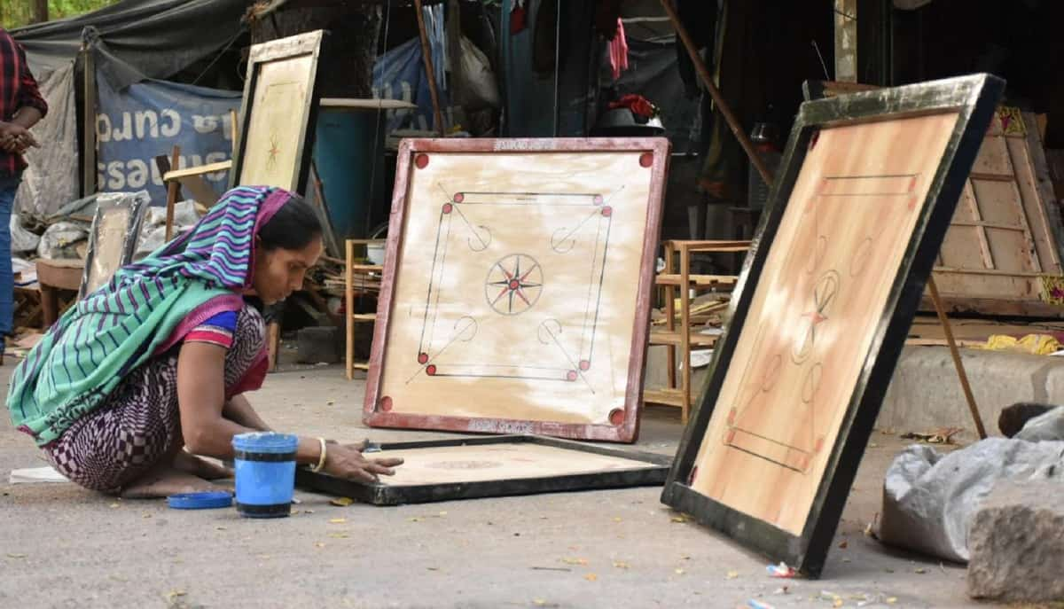 Carrom board sale soars as many homebound try to pass time