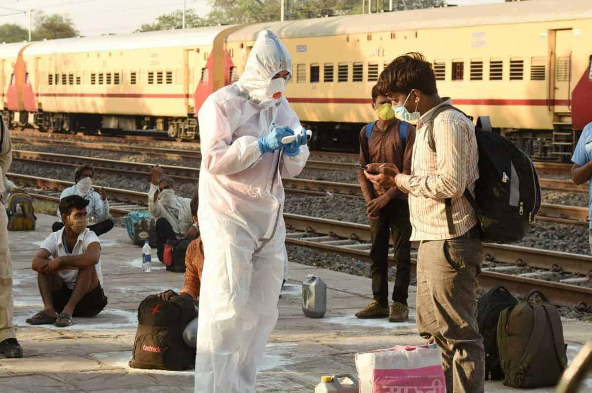 Indian railways send 2.10 lakh migrants back home
