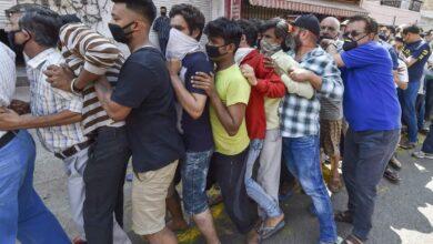 Photo of Lockdown 3.0: People make beeline for liquor in Delhi