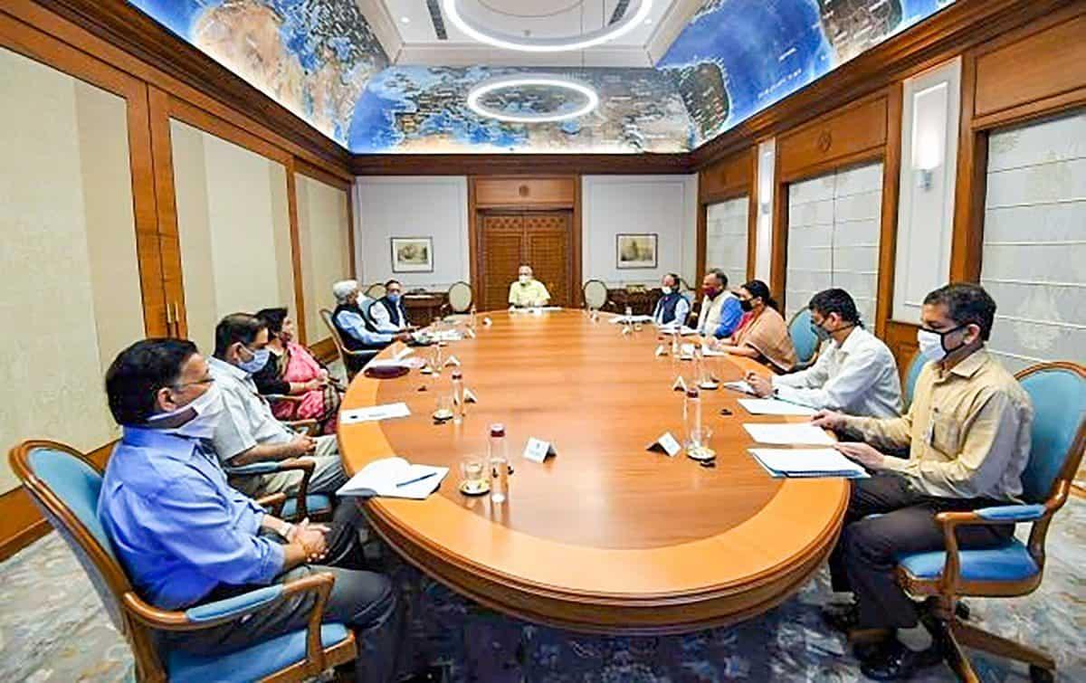 Photos: PM Modi chairs a meeting