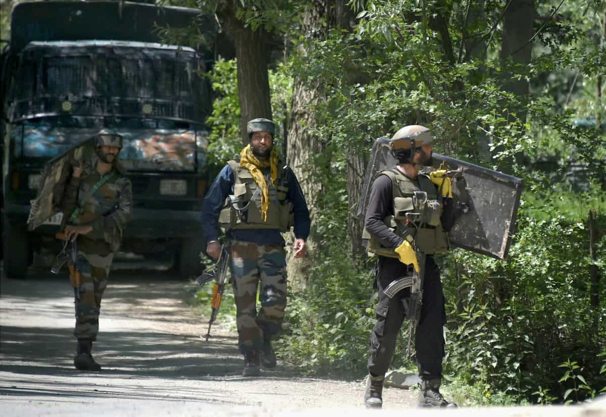 Encounter in Kashmir's Pulwama district