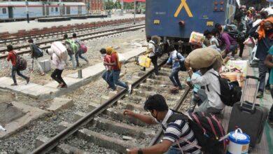 Photo of Photos: Migrants at Danapur railway station