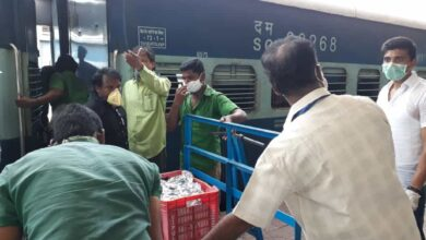 Photo of South Central Railway serves food to over 3 lakh needy