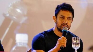 Photo of Aamir Khan refutes claim of putting money in ration packets