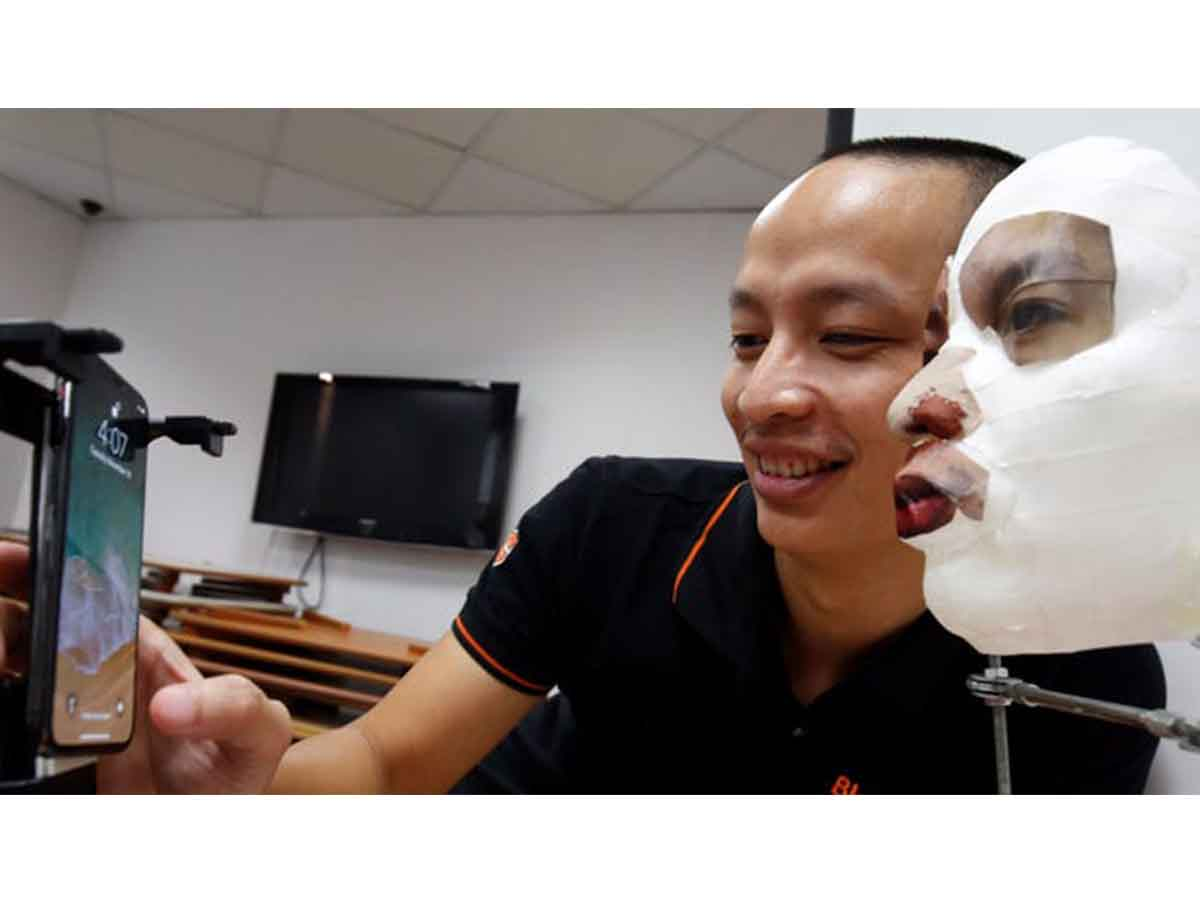 Apple aims to let you unlock iPhone while wearing a mask