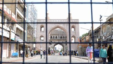 Photo of Charminar shops closed in support of no-new-clothes-in-Eid