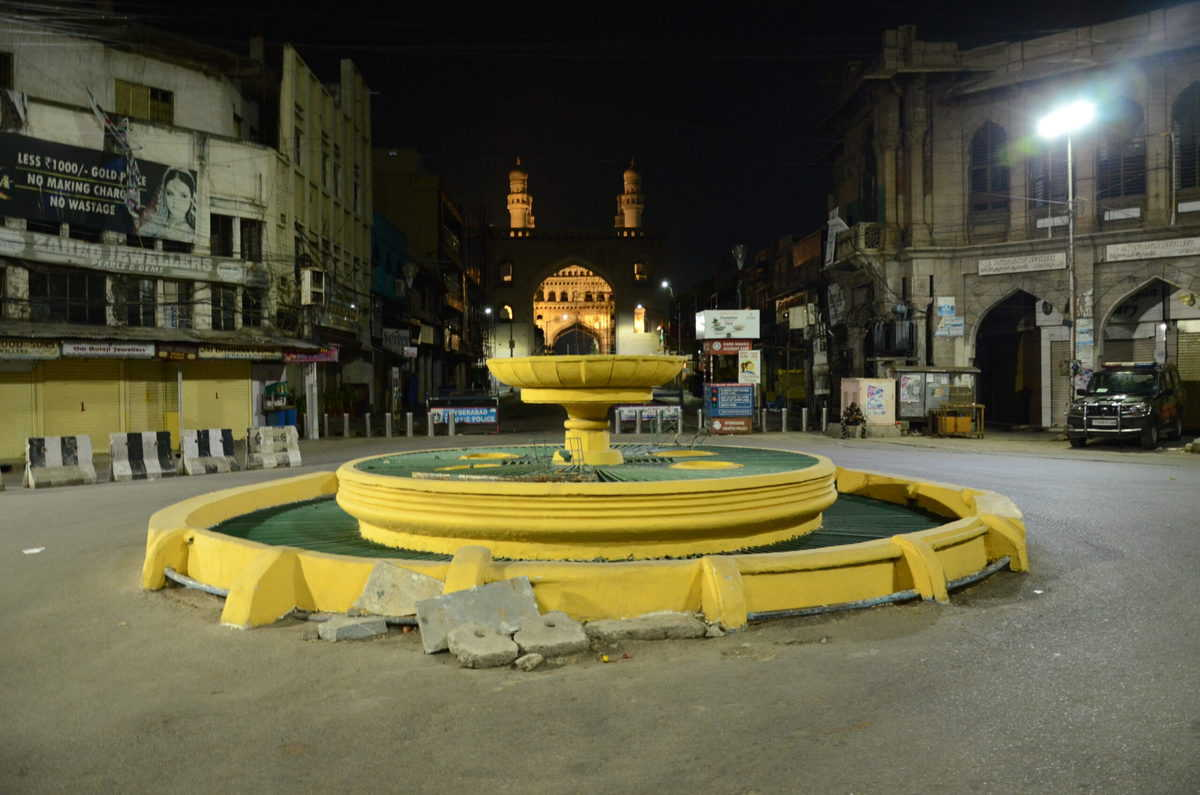 Curfew like situation in Hyderabad at night