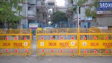 Photo of Containment zones in Delhi jump to 102