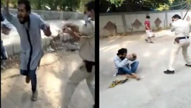 Photo of Delhi cop beats up man for 'hugging people', suspended