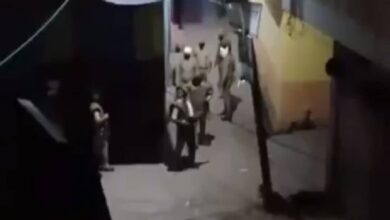 Photo of UP cops barge into Muslim homes, harass women