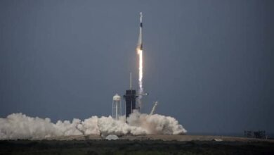 Photo of SpaceX rocket ship lifts off with 2 Americans