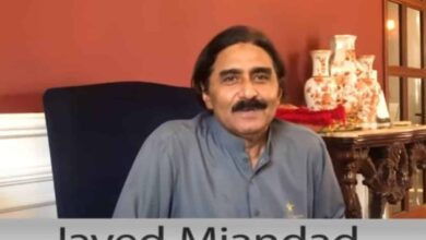 Photo of We robbed Indian spinners in 1978-79 Test series: Javed Miandad