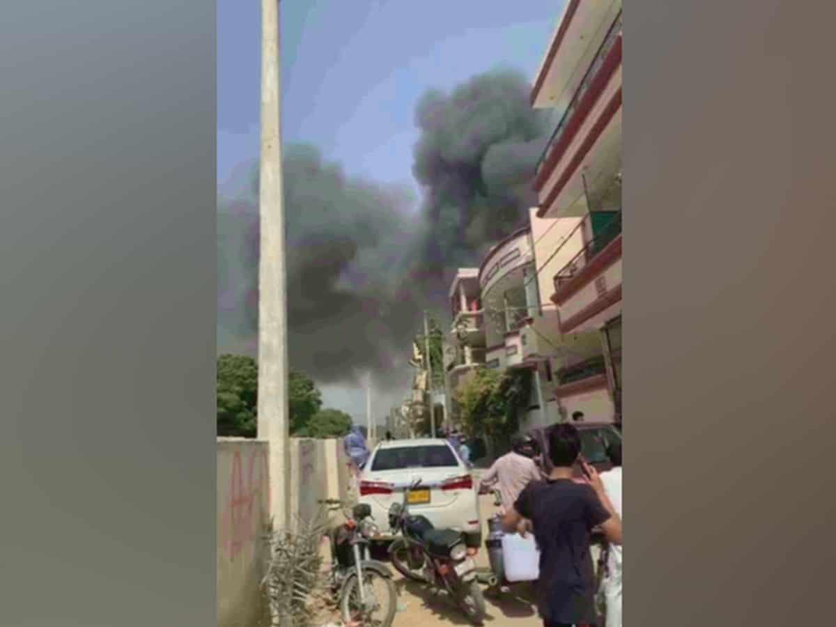 PIA aircraft crashes in a residential area near Karachi airport
