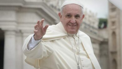Photo of Pope Francis calls for prayer and fasting to end COVID-19