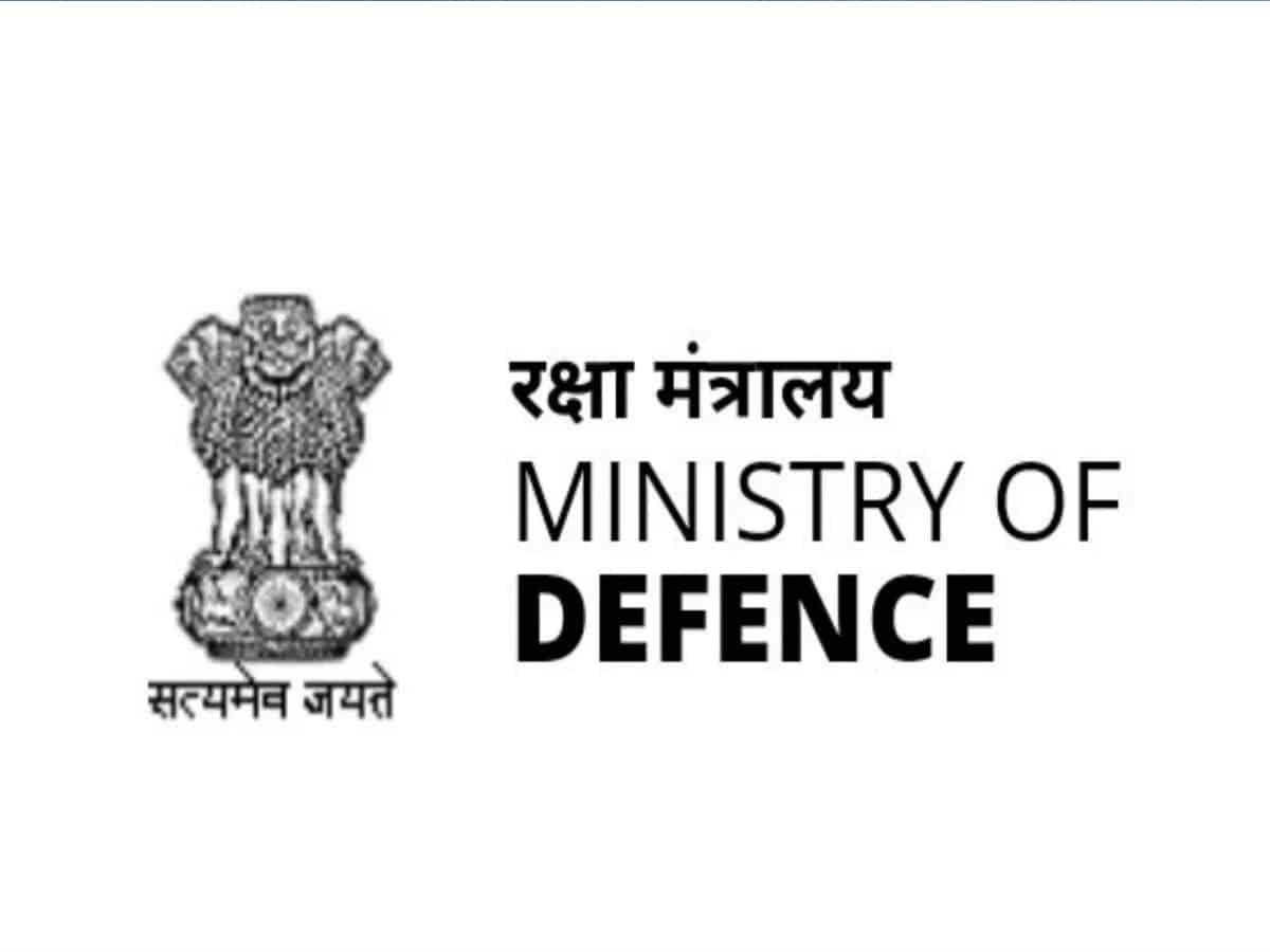 Govt implements Shekatkar Committee to create border infra