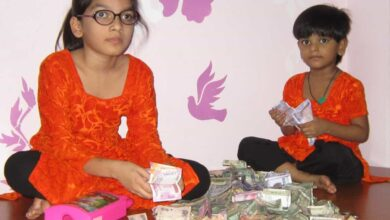 Photo of Hyderabadi sisters break piggy bank to feed poor amid lockdown