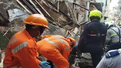 Photo of Mumbai house wall collapses, 3 persons rescued