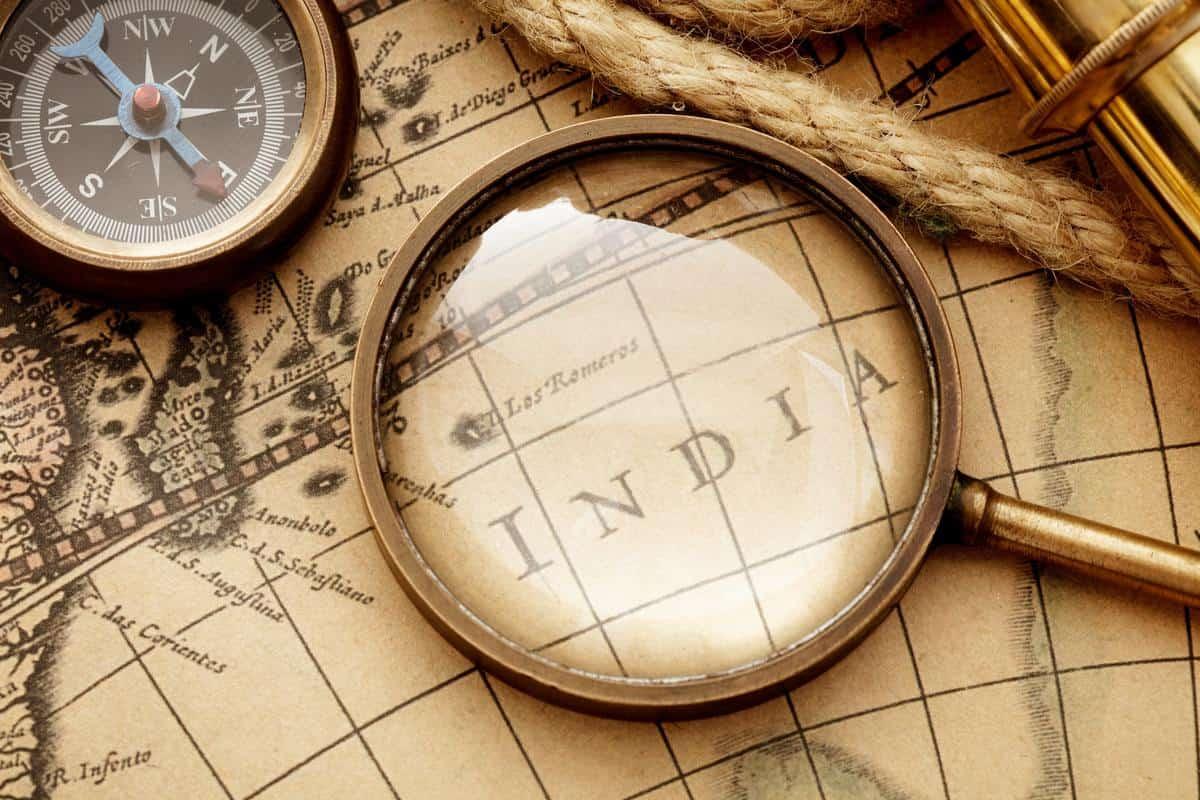 vingage magnifying glass