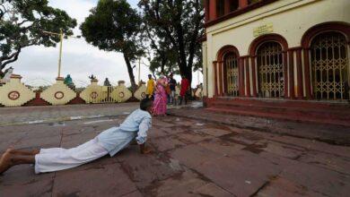 Photo of Lockdown: Dakshineswar Kali Temple reopens in Kolkata
