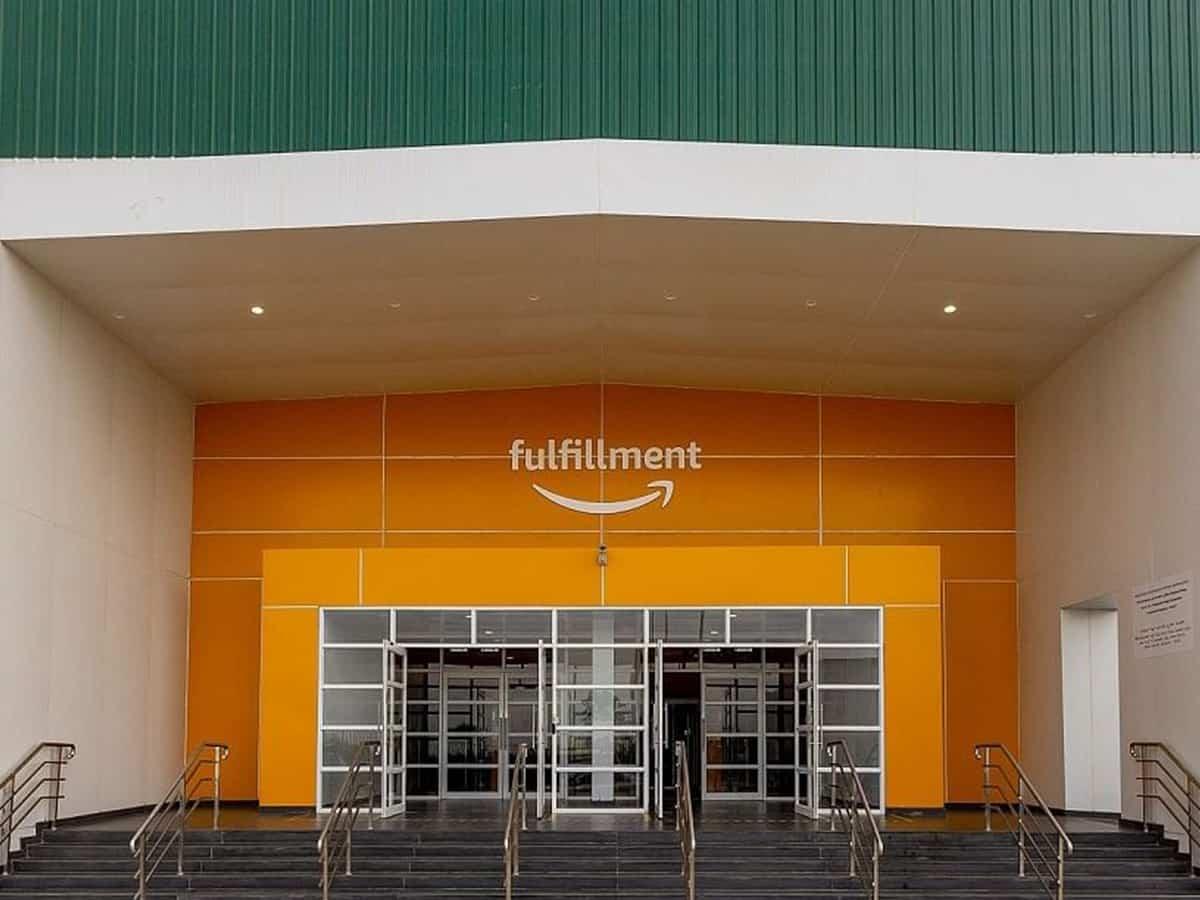 Amazon rolls out shopping site in Saudi Arabia