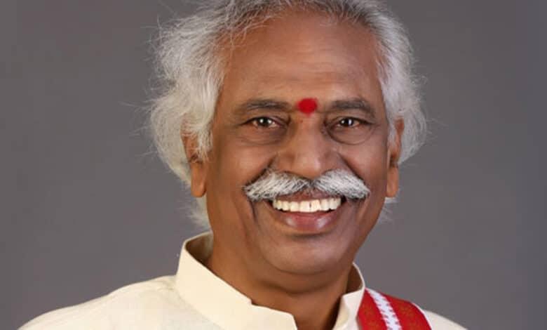 'People's politician' Bhandaru Dattatreya