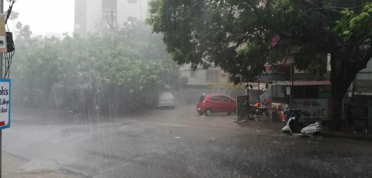 Heavy rains lash parts of Hyderabad