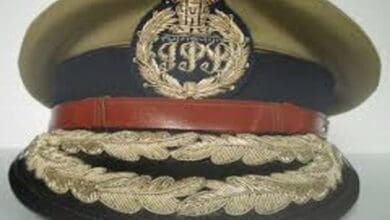 Photo of Uttar Pradesh govt transfers 15 IPS officers