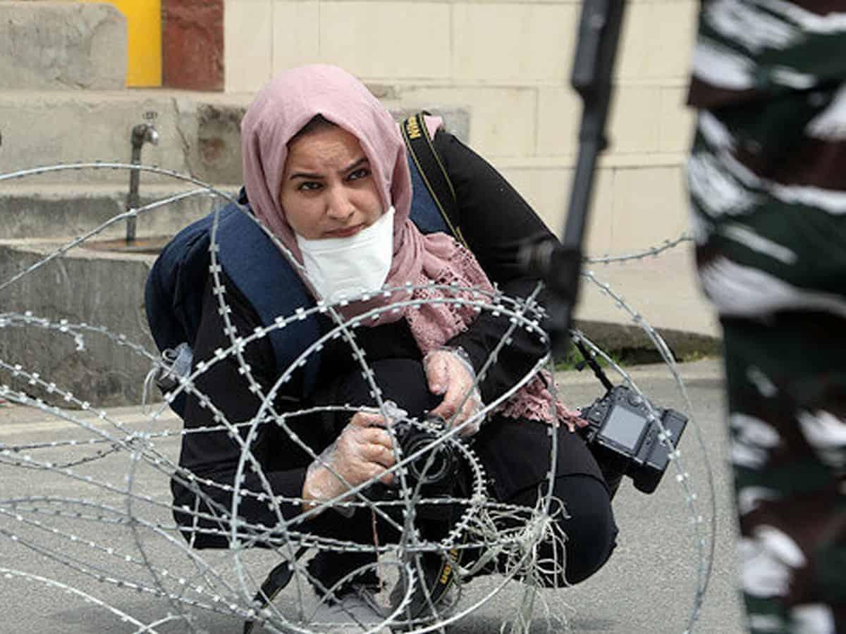 Meet Kashmiri photojournalist Masrat Zahra who won IWMF's award