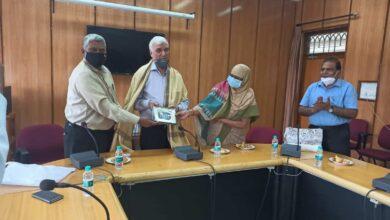 Photo of Prof Ayub Khan leaves MANUU, Prof. Fatima Begum new I/c VC