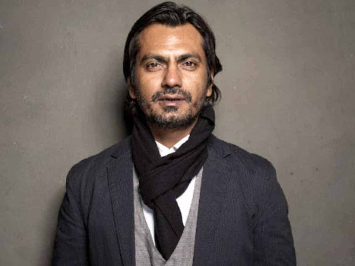 "Mumbai, June 26 (IANS) Bollywood actor Nawazuddin Siddiqui has reportedly sent a legal notice to his wife Aaliya, who had sent him a divorce notice on May 7. Nawazuddin's notice to his estranged wife alleges ""engaging in fraud, willful and planned defamation"" and ""slander of character"", as per a report in timesofindia.com. The notice adds that the actor had replied to Aaliya's divorce notice on May 19, within 15 days. Aaliya had reportedly complained in a recent interview that she is unable to pay her children's school fees as Nawazuddin Siddiqui has stopped paying her the monthly allowance. The actor's lawyer has rejected such claims. ""EMI is still being paid by my client. Other children related expenses too. Divorce notice was replied to but again, she has stated the contrary in order to defame through this well thought slander campaign,"" Nawazuddin Siddiqui's lawyer Adnan Shaikh told the website. Furthermore, it has been stated that the actor in his notice has asked his wife not to make defamatory comments against him and also issue a written clarification for whatever she recently said."