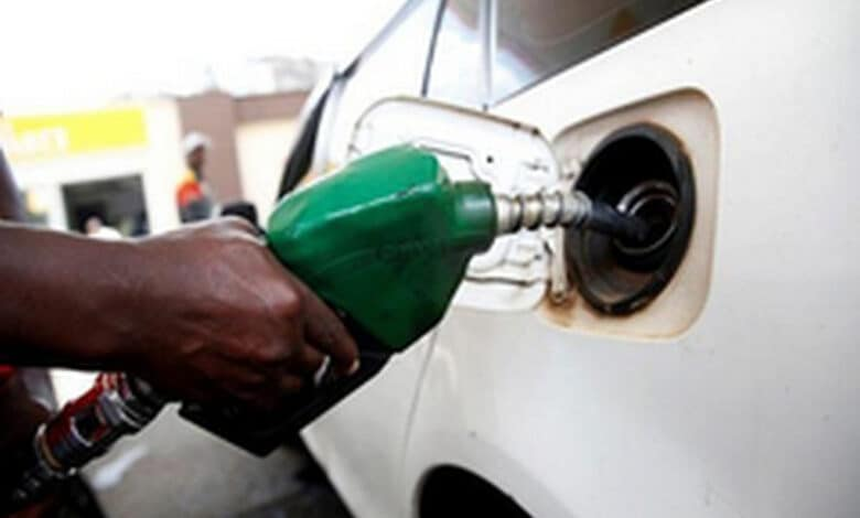 Analysts shed light on govt's petrol price hike decision