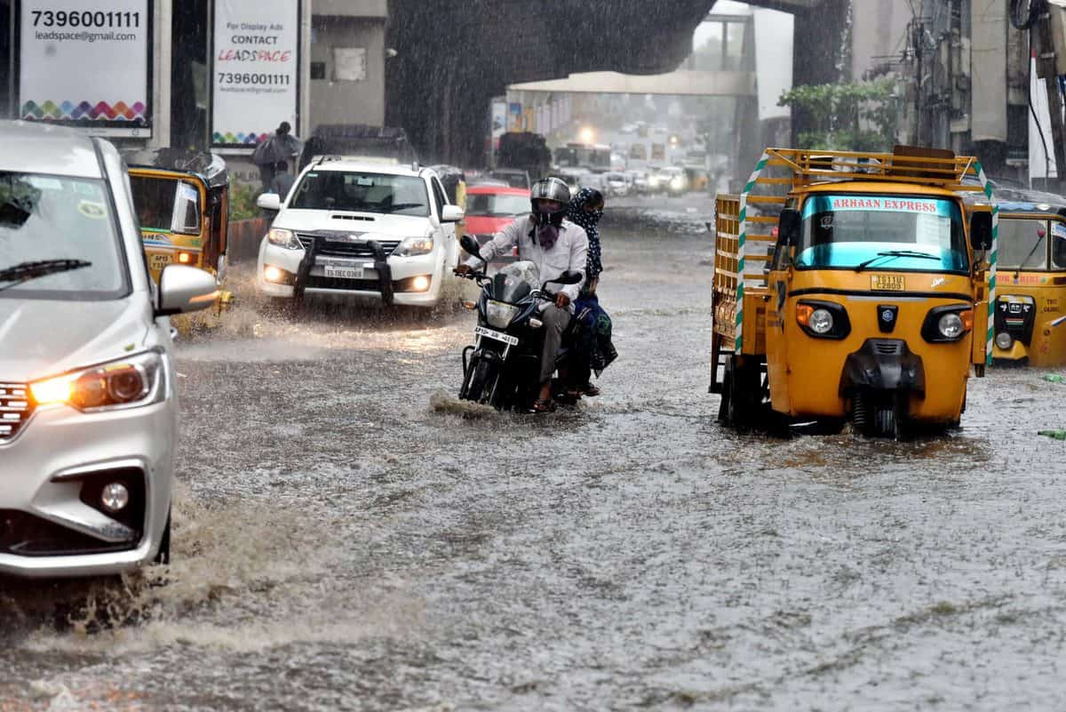 Monsoons arrive in Hyderabad