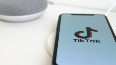 Photo of Online searches drop for Tik ToK, WeChat, ShareIT as India bans Chinese apps