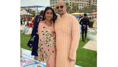 Photo of TV star Mohena Kumari, family test COVID-19 positive